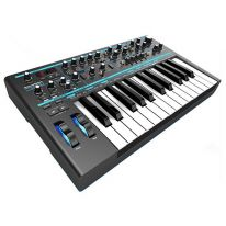 Novation Bass Station II Analoginen Syntetisaattori