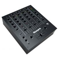 Numark M6 USB DJ-mikseri (Musta)