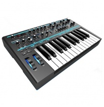 Novation Bass Station II (B-Stock)