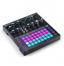 Novation Circuit Mono Station Syntetisaattori / Sekvensseri